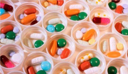 Кодеин: побочные действия наркотика и лечение зависимости от него